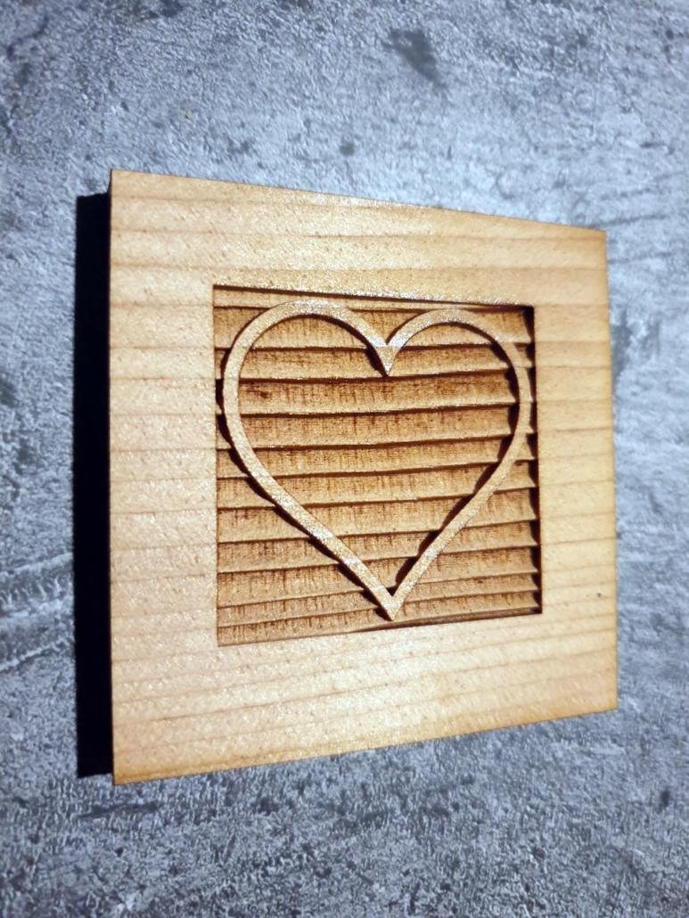 Aus der Lasermanufaktur: Herz auf Holz